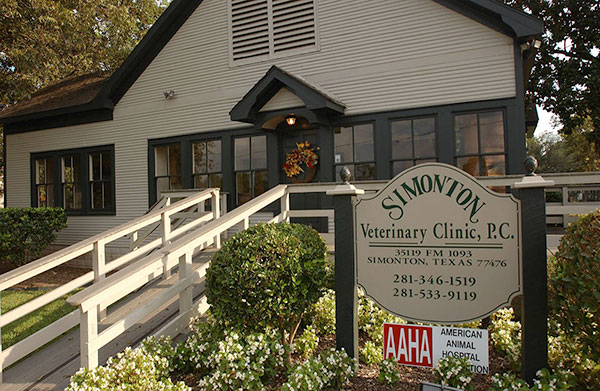 Outside of Simonton Veterinary